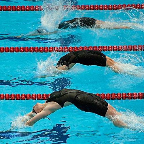 لباس شنای پرسرعت